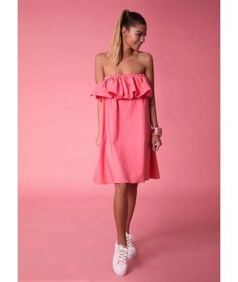 79618554ba30 Dámske ružové šaty s volánom cez prsia.